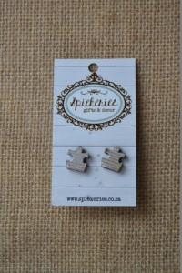 Stud Earrings News Flash