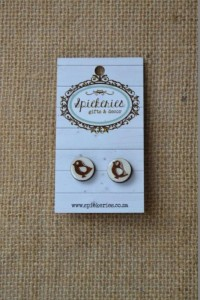 Stud Earrings Engraved Bird